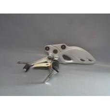 BRACKET, FR FOOTREST,L 43521-15H00  - GSX 1300R Hayabusa